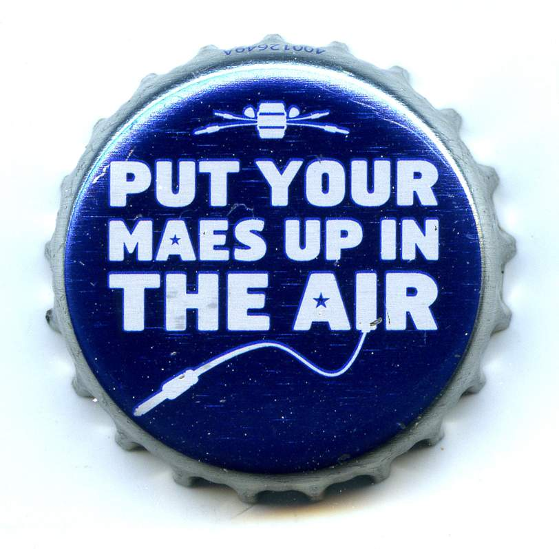Maes Music Bier_Alken-Maes_Maes-Music-Put-your-maes-up-in-the-air